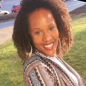 Nenneya Shields Headshot